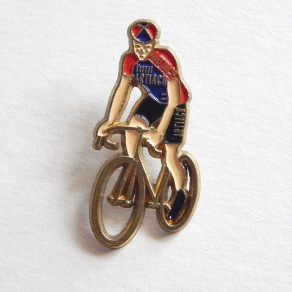 Retro Team Artiach Cyclist Pin Badge