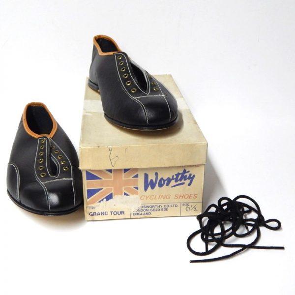 Vintage / Retro shoes