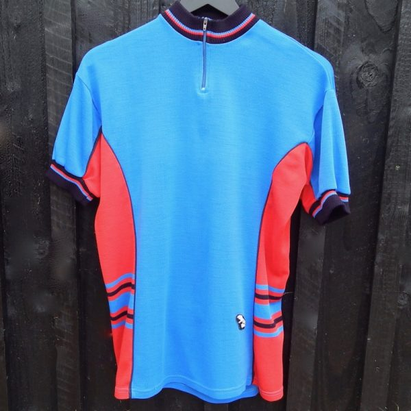 vintage & retro cycling jerseys