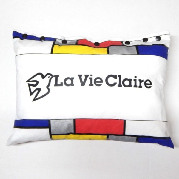 upcycled bicycle musette cushion
